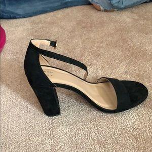 Black open toe heel shoes